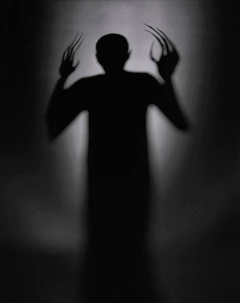 Réponse à un imam qui nie l'entrance du diable dans le corps de l'humain sur sa page Facebook
